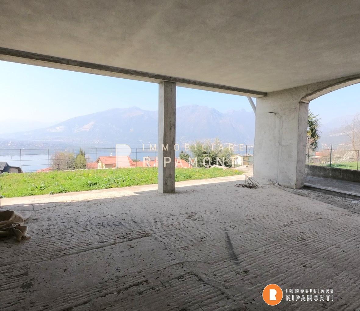 Villa a schiera Oggiono LC1218659
